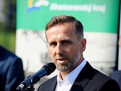 Karel Poborský byl u otevření Regionální fotbalové akademie Jihomoravského kraje.
