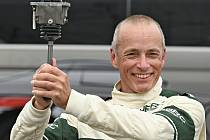 David Bečvář řídí v seriálu Histo CupJaguar XJS, repliku automobilu Toma Walkinshawa zroku 1984.