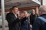 Předseda hnutí ANO Andrej Babiš se představil spolu s lídryní pro Jihomoravský kraj Taťánou Malou na Mendlově náměstí.