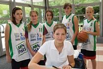 Patronkou turnaje byla kapitánka ženské reprezentace Eva Vítečková.