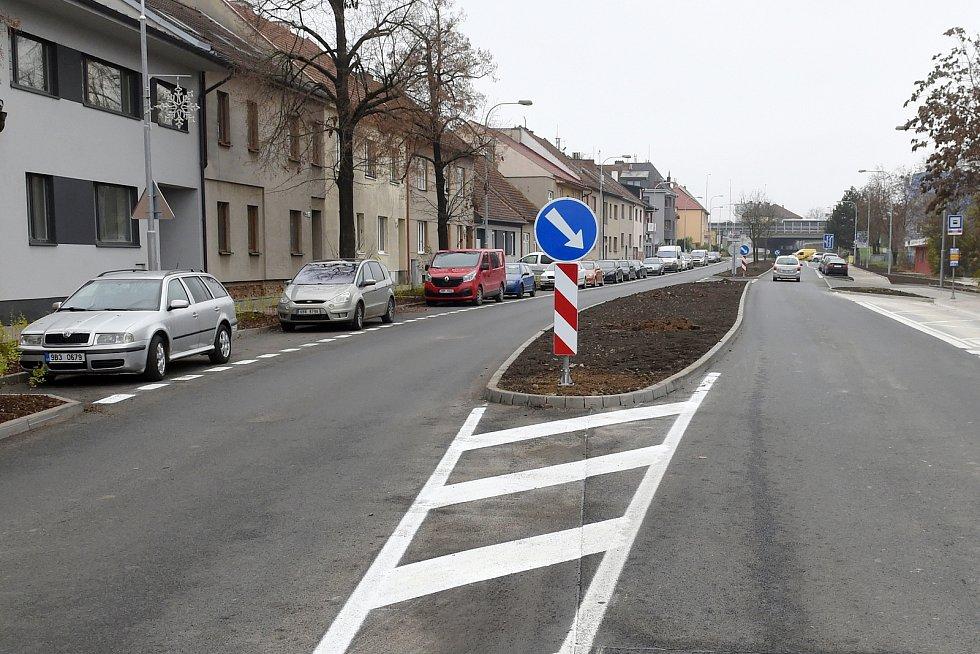 Bohunická ulice je po rekonstrukci kanalizace a vodovodu.