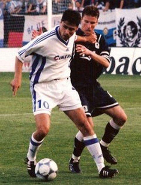 Marcel Cupák (vpravo) si zahrál i Pohár UEFA.