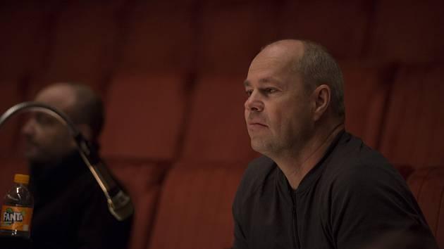 režisér a spisovatel Robert Bellan.