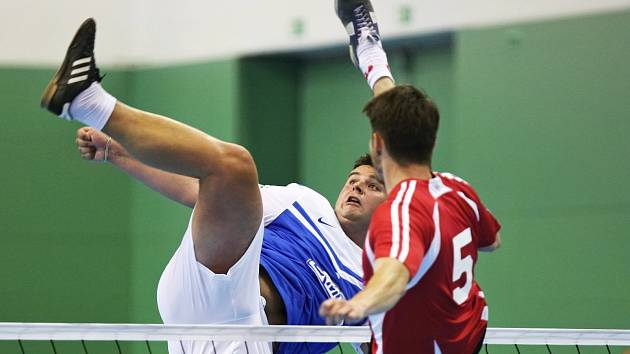 Hodoničtí pořádají turnaj v nohejbale