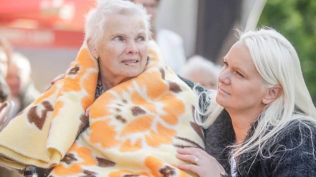 Pomoc seniorům v izolaci zajistí Anděl na drátě. Ilustrační snímek.