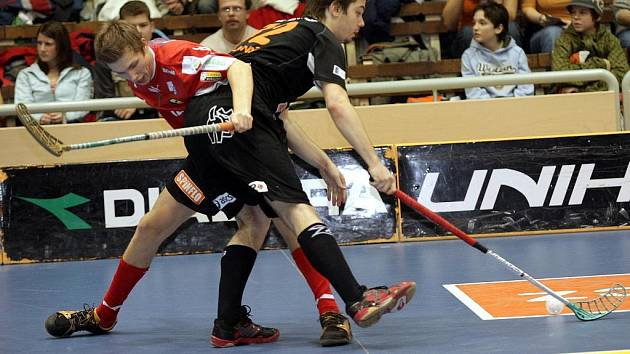 Brněnští florbalisté Bulldogs Brno odjeli bojovat na Pegres Cup především s mladými hráči. Volno tak dostal i Martin Koutný (na snímku vpravo).