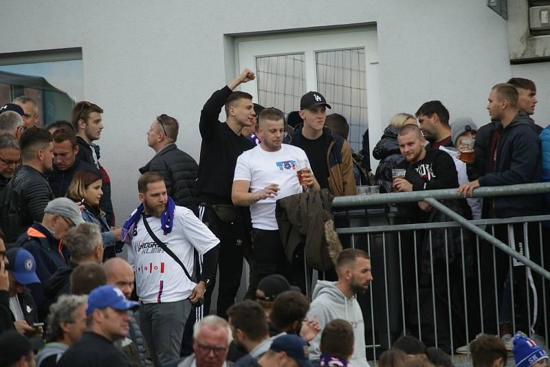 Na pohárový zápas Líšně s pražskou Spartou dorazilo 2070 diváků.