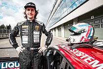 Jiří Mičánek junior si se svou stájí Mičánek Motorsport powered by Buggyra musí na start sezony počkat.