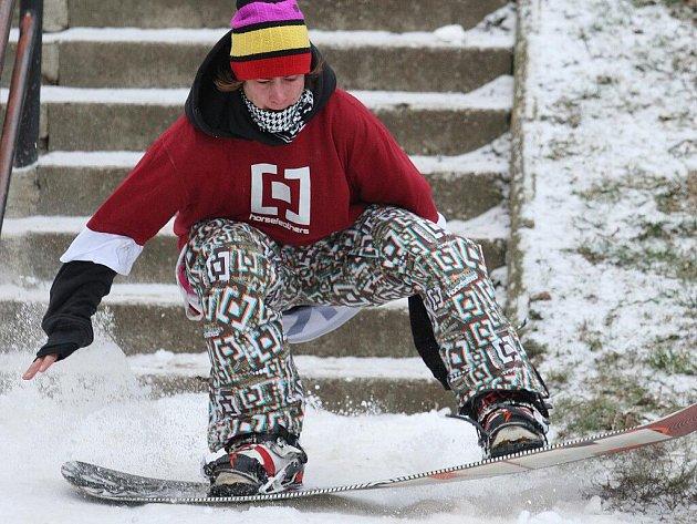 Street snowboard v Brně.