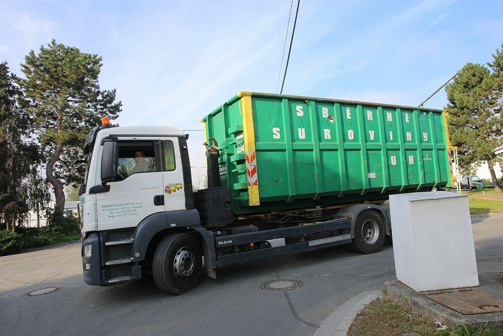 Sběrna a třídírna odpadu, ilustrační foto.