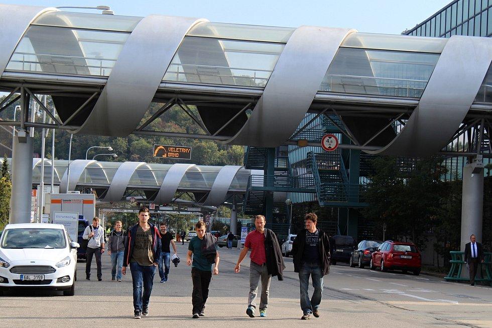 Mezinárodní strojírenský veletrh na brněnském výstavišti bude letos mimořádně až v první polovině listopadu. Foto z minulých ročníků.