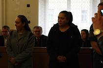 Obviněná Sandra Čičová a Silvie Čičová.