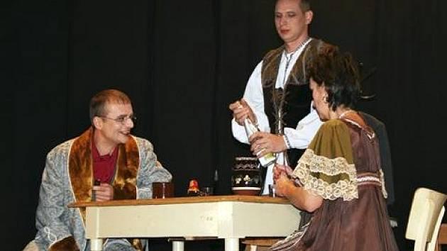 Ochotníci Mouřínov - premiéra divadelní hry Ženitba.