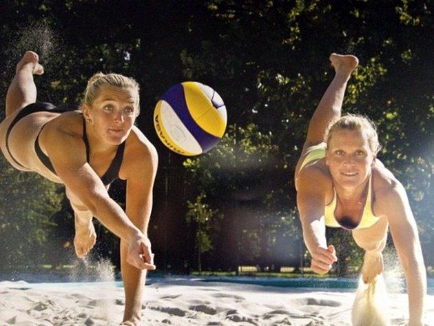 Plážové volejbalistky Hana Klapalová a Lenka Háječková - ilustrační foto.