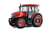 Traktor brněnské firmy má nově jiný sklon kapoty a změněný tvar střechy. Díky tomu mají řidiči z kabiny lepší výhled.