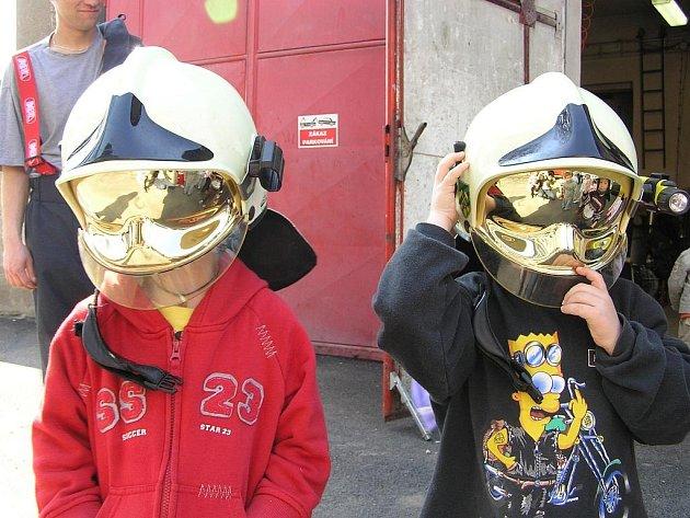 Mladá generace. Výraznou činností zbýšovských hasičů je působení na mládež.