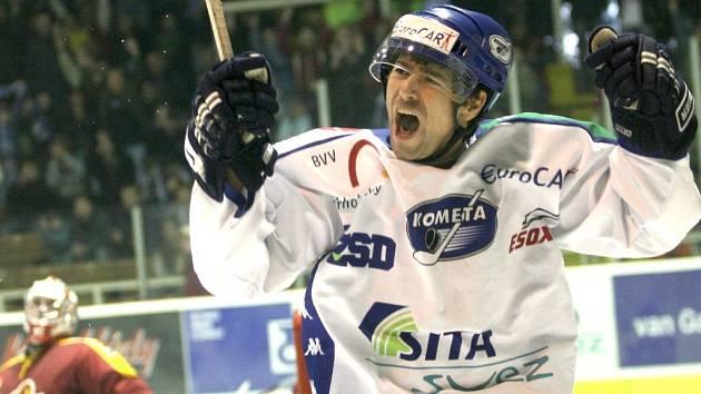Petr Lipina přispěl k výhře Komety ve Vrchlabí gólem a asistencí.