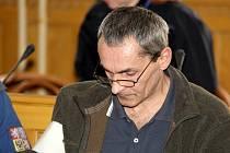 Lubomír Příborský se už jednou v životě vezění vyhnul. Teď si odsedí za mřížemi devět let.