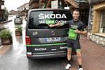 Redaktor Deníku Jaroslav Kára při Tour de France.