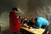 Labyrintem pod Zelným trhem si mohli ještě před oficiálním otevřením projít studenti jihomoravských základních škol. Druhý ročník vědomostní soutěže Expedice Morava zavedl v úterý žáky sedmých a osmých tříd právě do těchto temných chodeb.