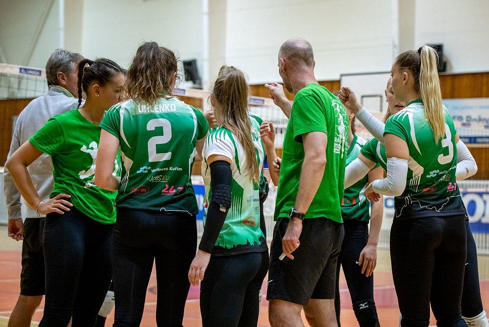Volejbalistky KP Brno (v zeleném) se utkají ve čtvrtfinále play-off s Olomoucí.