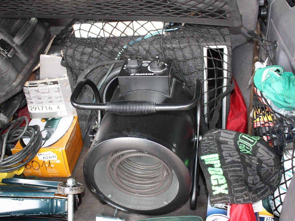 Policisté dopadli zloděje, který řádil po celé jižní Moravě. Na svědomí má téměř sto krádeží.
