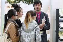 V rozhodování pomáhá deváťákům Veletrh středních škol a dalšího vzdělávání na brněnském výstavišti.