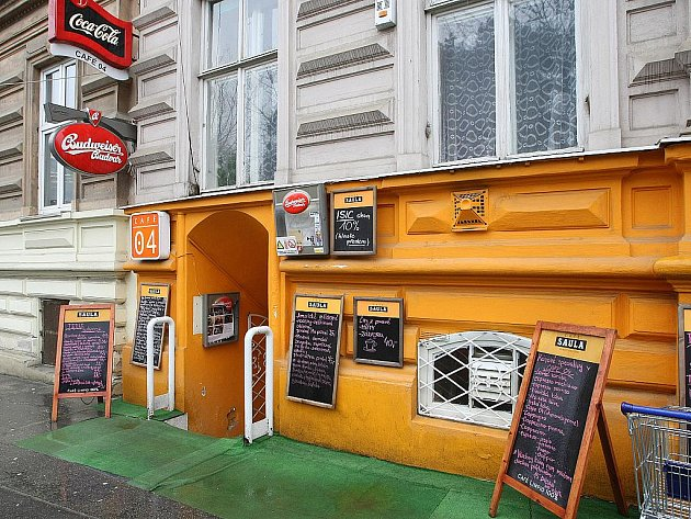 Brněnská restaurace Café 04.