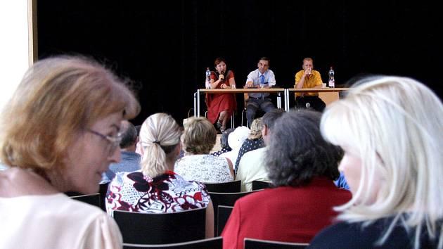 Diskuse o problematice romské menšiny