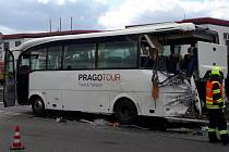 Havárie autobusu a nákladního auta v brněnské Vídeňské ulici.