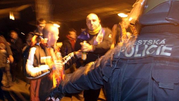 Fanoušci Sparty před zápasem s brněnskými fotbalisty