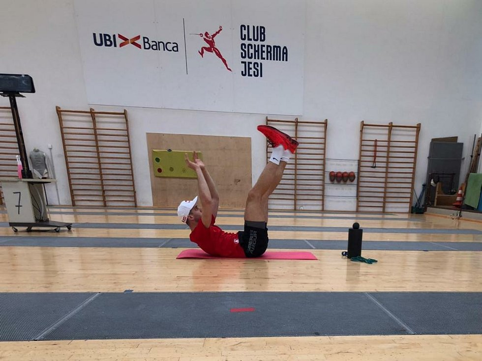 Před tréninkem je potřeba se řádně rozcvičit.