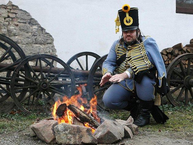 První vojáci armád tří císařů doputovali na slavkovské bojiště.
