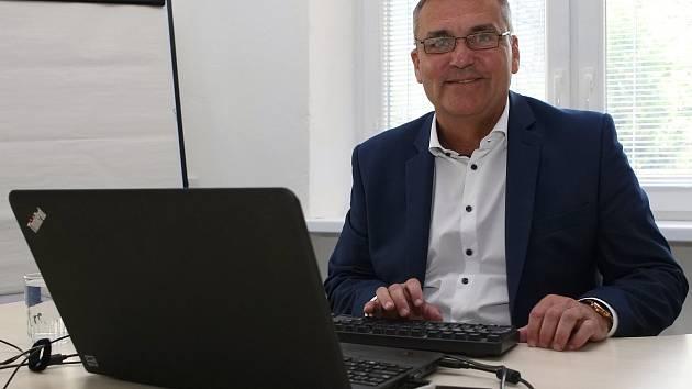 Online rozhovor s primátorem Brna Petrem Vokřálem v redakci Brněnského deníku Rovnost.