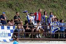 Hokejisté brněnské Komety hráli fotbal proti Klouboukám. Utkání skončilo remízou 3:3.