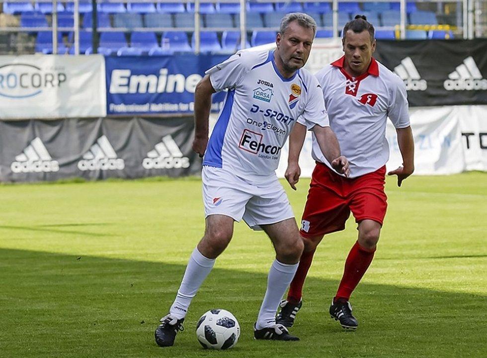 Vladimír Malár (vpravo) má za cíl zvednout MSK Břeclav na vyšší příčky. Foto: www.fcfastavzlin.cz
