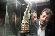 Novou stálou výstavu věnovanou moravským Lucemburkům otevřel v pátek odpoledne za účasti herce Zdeňka Junáka brněnský hrad Veveří.