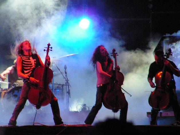 FINSKÉ SMYČCE VE STRÁŽNICI. Rockfest láká na severský metal, v Hustopeči zahrají slavní punkeři UK Subs.