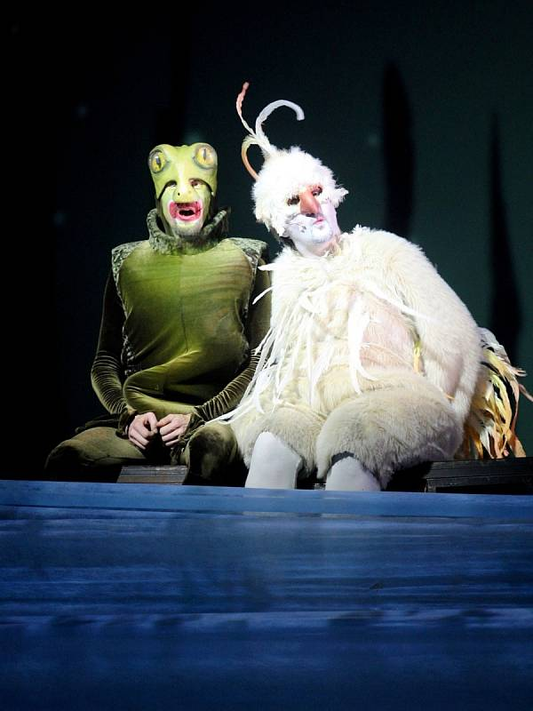 Poslední detaily dolaďoval režisér s herci před páteční premiérou opery Čarokraj.