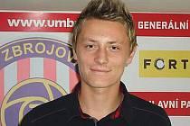 Fotbalista Dominik Simerský.