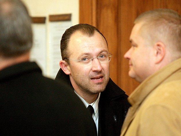 Roman Procházka u brněnského soudu.