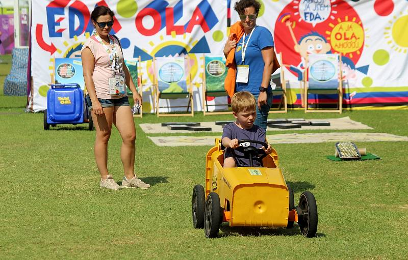 Rodiny s dětmi si přišly vyzkoušet olympijské sporty na Olympijský festival do areálu SKP Kometa v Brně.
