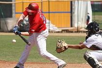 Baseballisté Techniky Brno (v červeném).