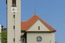 Kostel svatého Jana Nepomuckého ve Starém Lískovci.