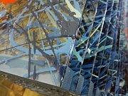 Barevnější podoba reality je od čtvrtka k vidění na hradě Špilberku. Muzeum města Brna tam představuje skleněné dílo výtvarnice Jiřiny Žertové a navazuje tak na tradiční výstavy o sklářském umění.