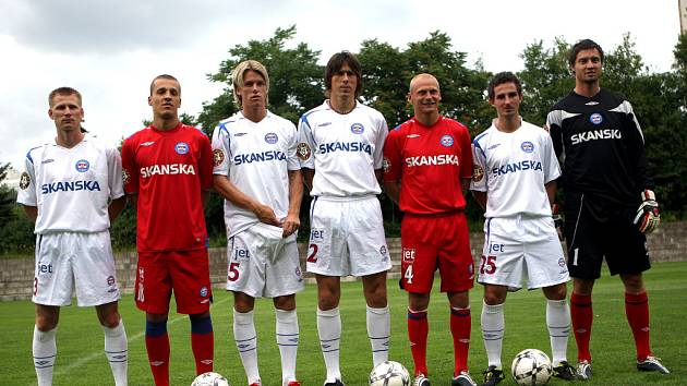 Fotbalisté 1.FC Brno se fotili na autogramiádu