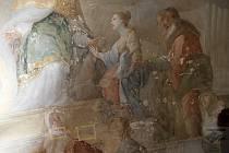 Fresky v kapli Očištění Panny Marie v brněnském Paláci šlechtičen nyní odborníci restaurují.