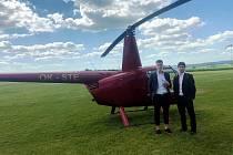Ondřej Pachlopník s Antonínem Růskem se vydali z maturity na fotbal vrtulníkem. FC Zbrojovka Brno