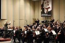 Filharmonici uctili Kaprálovou uceleným provedením orchestrálních skladeb.