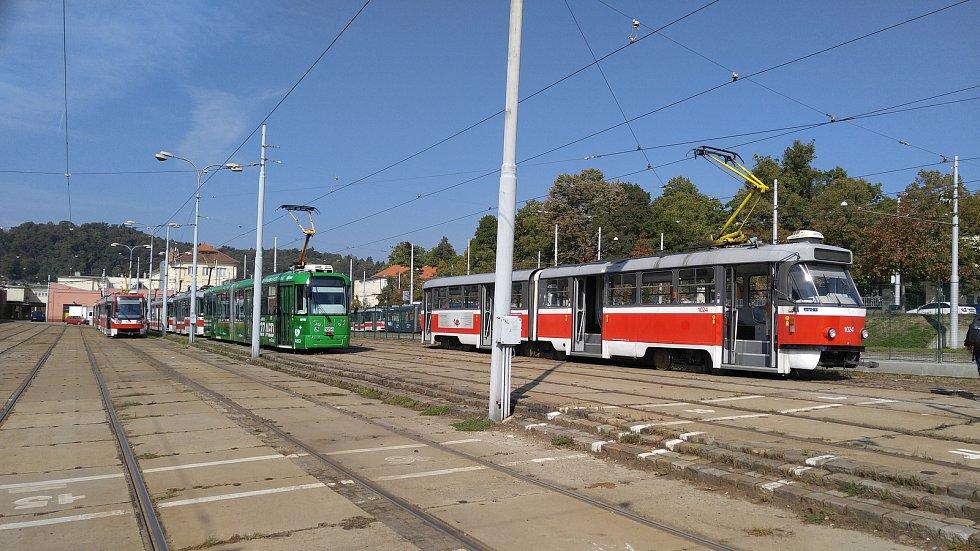 Zástupci města a brněnského dopravního podniku zahájili rozsáhlou modernizaci pisárecké vozovny.